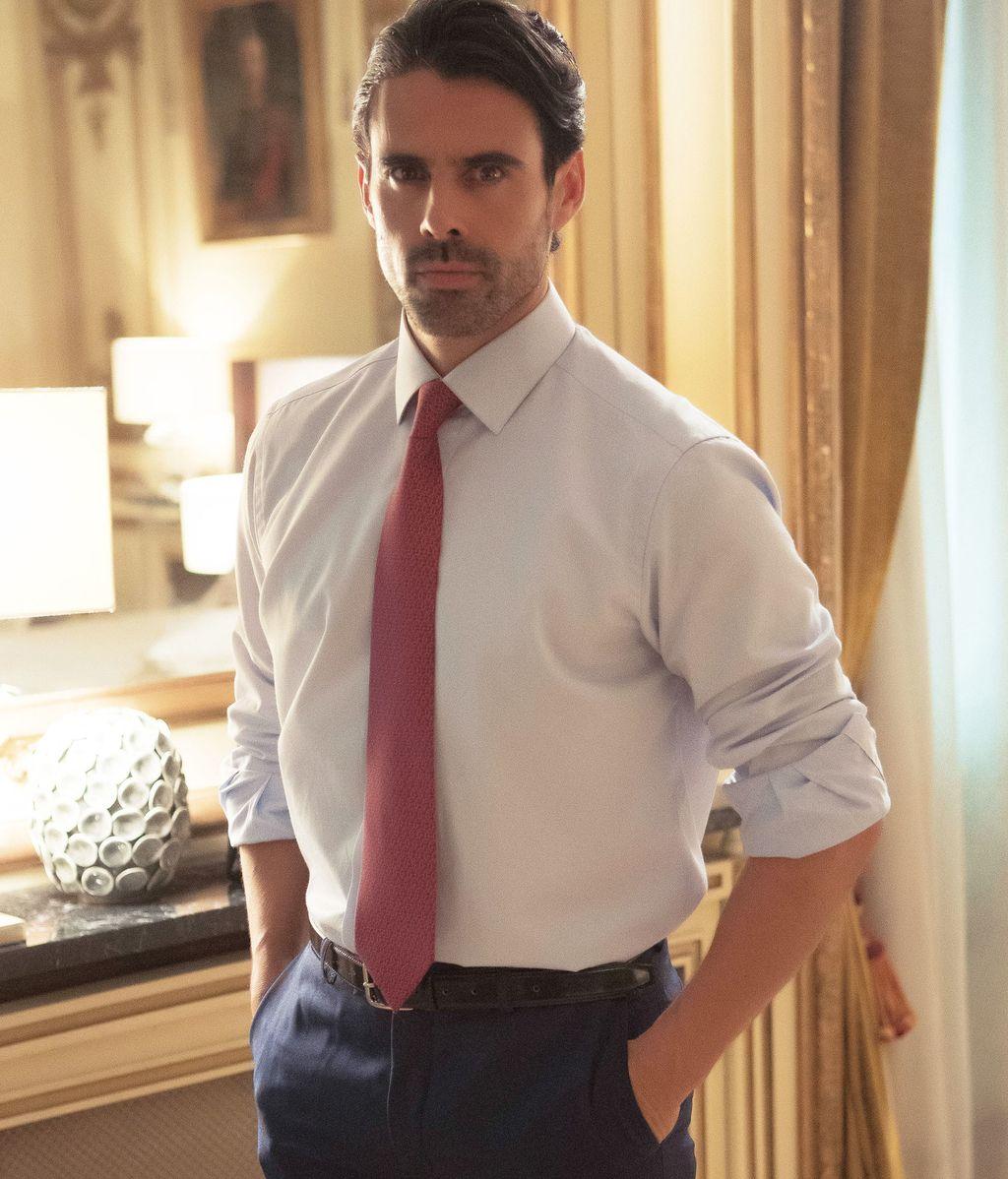 Emmanuel Esparza es Alberto Guzmán en la serie de Telecinco 'Secretos de Estado'