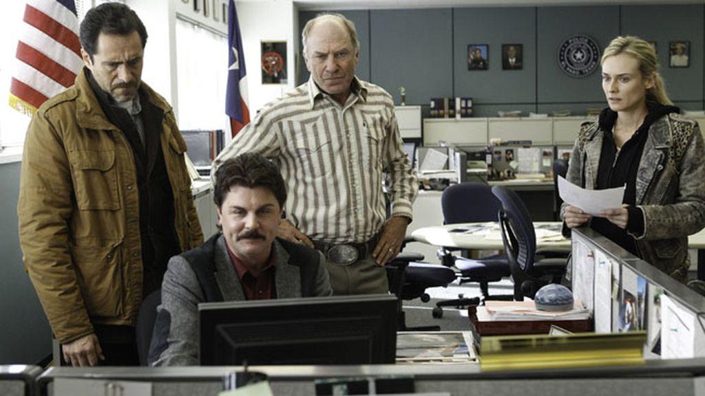 Demián Bichir y Diane Kruger, dos policías a cada lado de la frontera y un crimen que resolver
