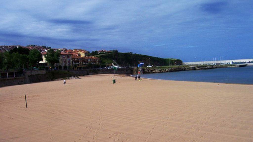 Isabel Prada: playa de Luanco, en Asturias.