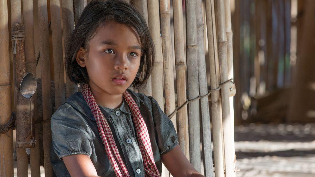 La infancia robada a Loung Ung por los Jemeres Rojos, vista por Angelina Jolie