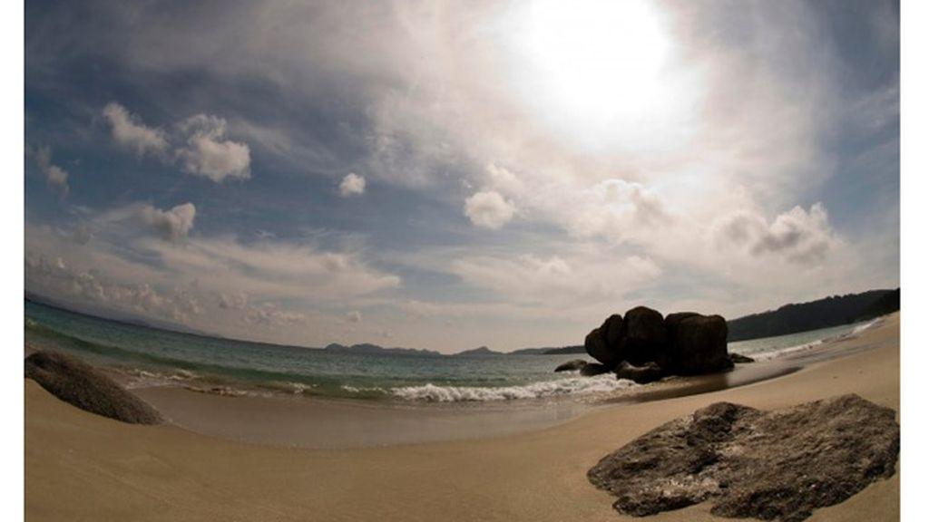 Rebe Abalde: playa de Nerga, en Cangas do Morrazo (Pontevedra).