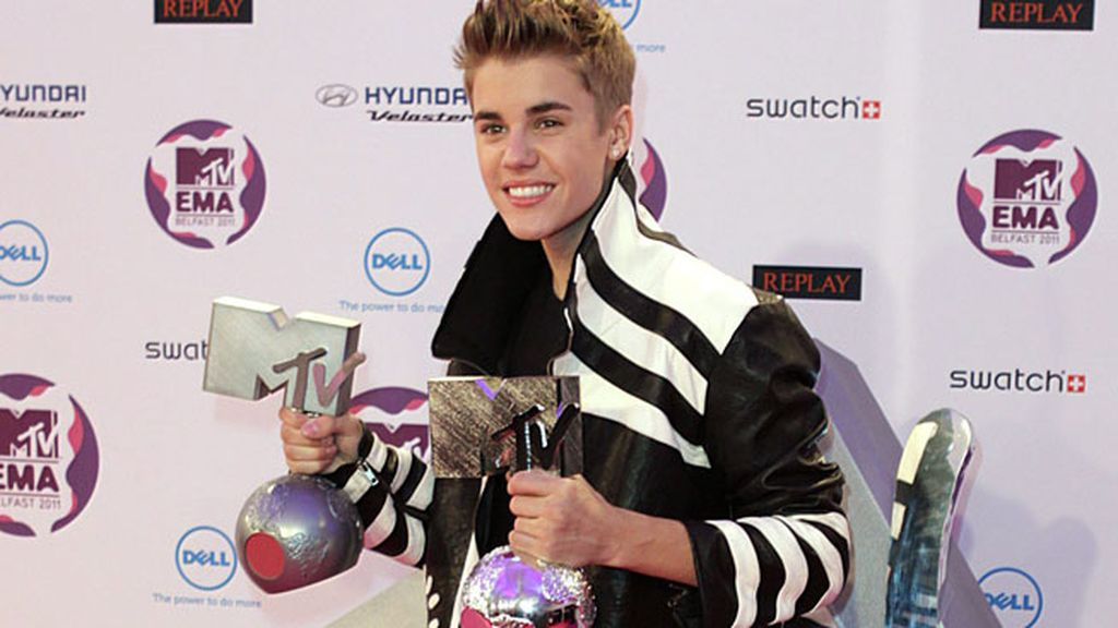 Justin Bieber, cargado