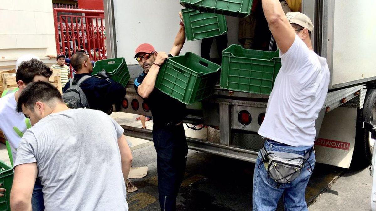Paco Jémez se gana la admiración de los mexicanos ayudando a las víctimas del terremoto