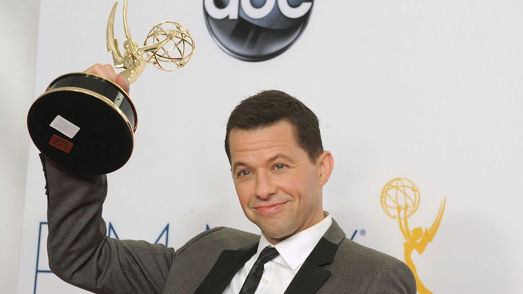 Jon Cryer, mejor actor de comedia por 'Dos hombres y medio' (CBS)