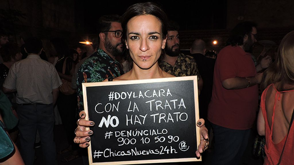 Bebe da la cara en el estreno de 'Chicas Nuevas 24 Horas'