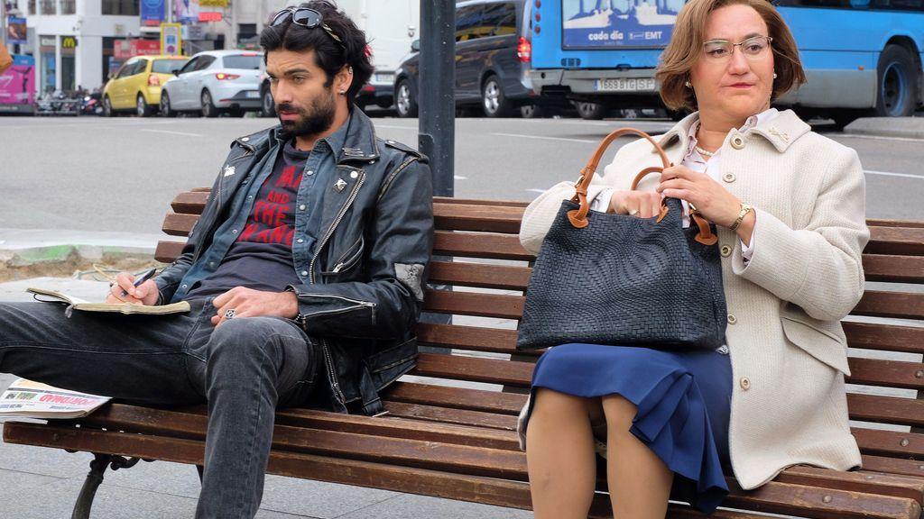 Sergio de noche, Avelina de día: así es 'Ella es tu padre'