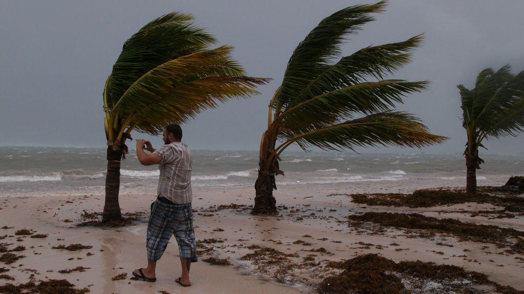 El huracán María, a su llegada a República Dominicana
