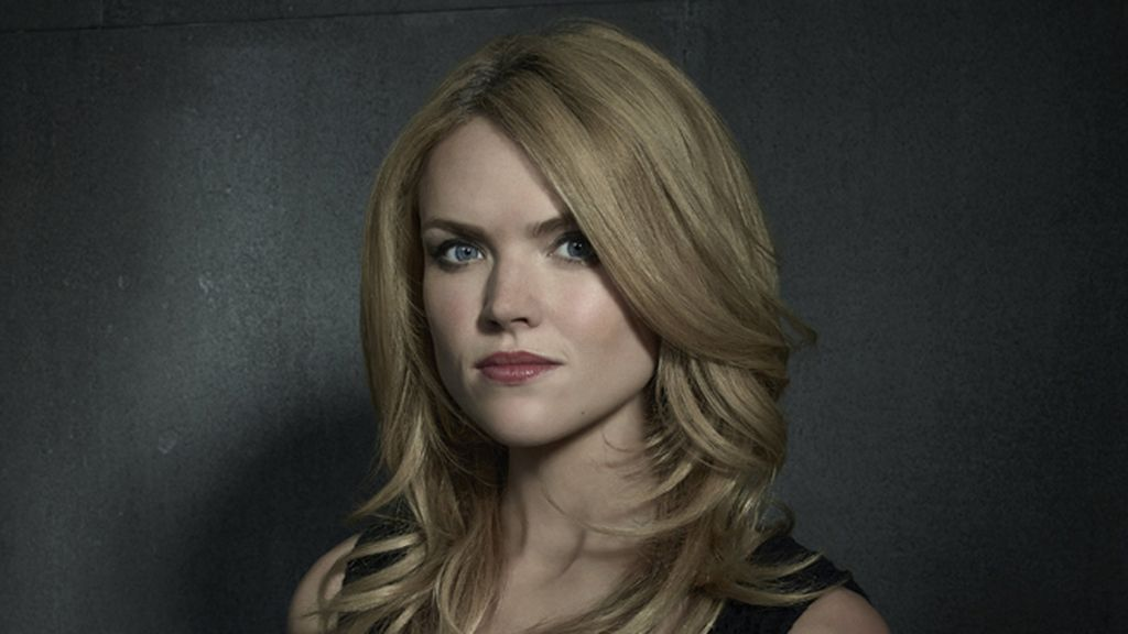 Erin Richards es Barbara Keen