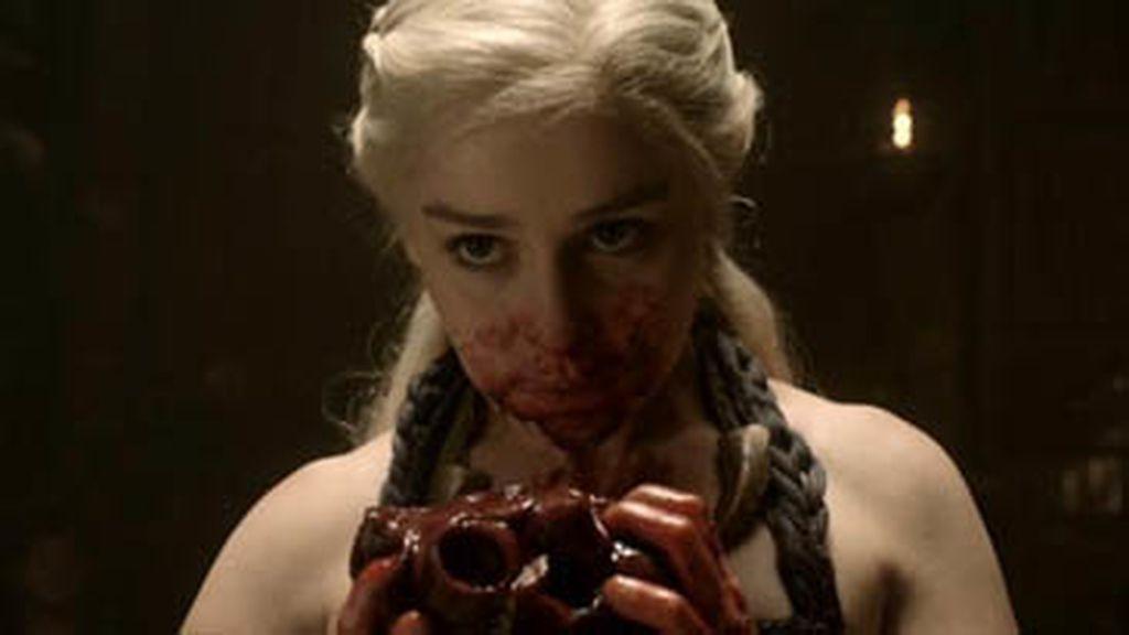 Daenerys se come un corazón