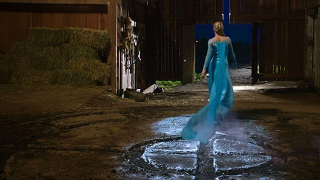 La reina Elsa congela 'Érase una vez'
