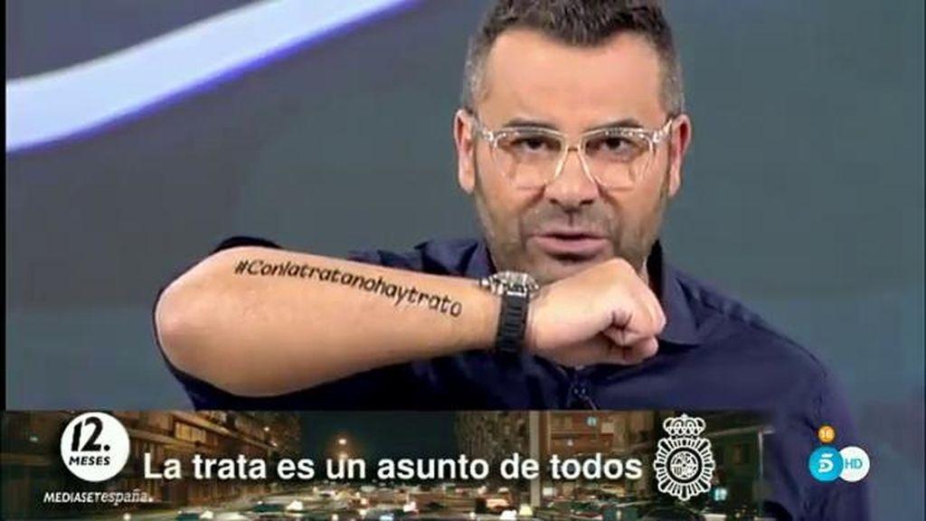"""J.J. Vázquez: """"Escribe #Conlatratanohaytrato en tu brazo y sube la foto a tus redes"""""""