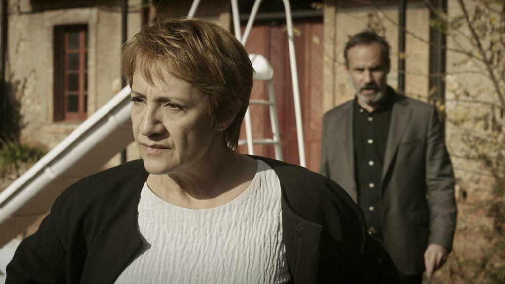 Blanca Portillo y Francesc Garrido en el décimo capítulo de 'Sé quién eres'