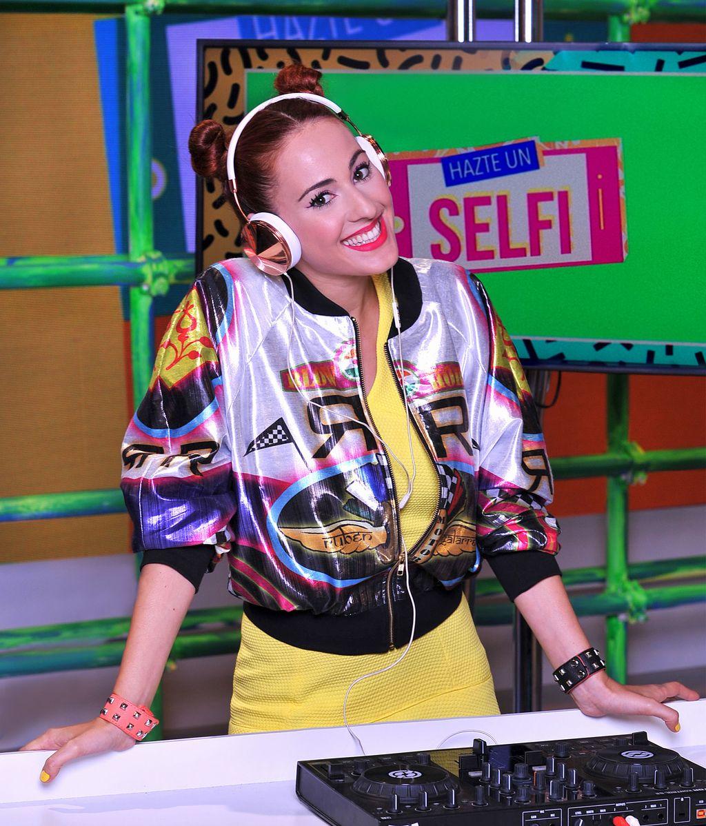 DJ Pitty Bernad Hazte un selfi
