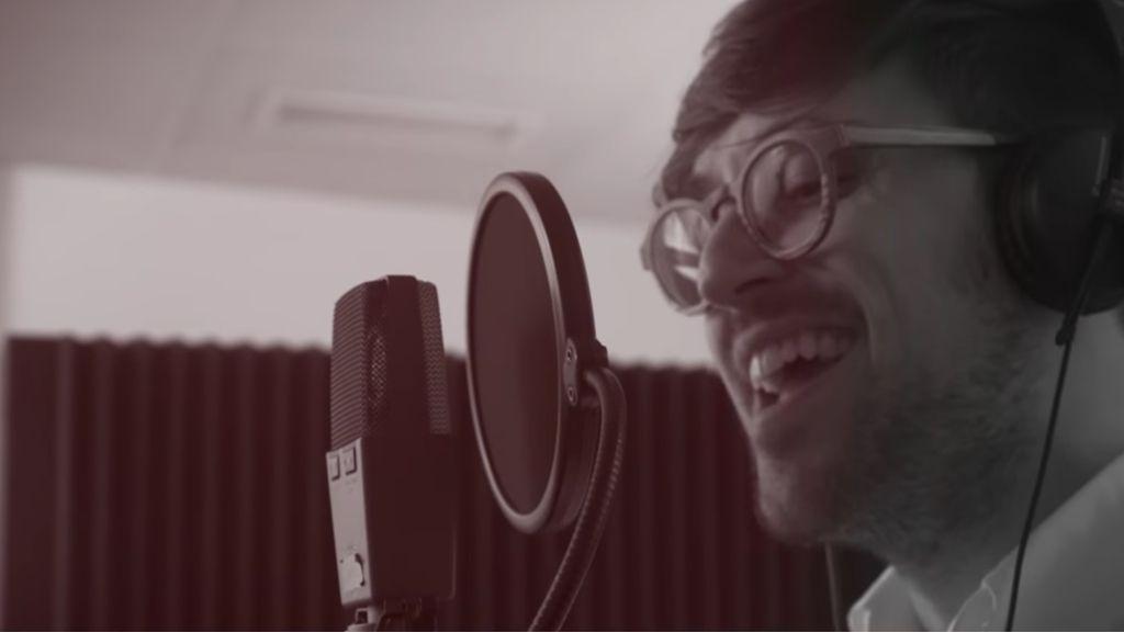 El padre Damián estrena el videoclip de 'Hoy ya soy feliz'