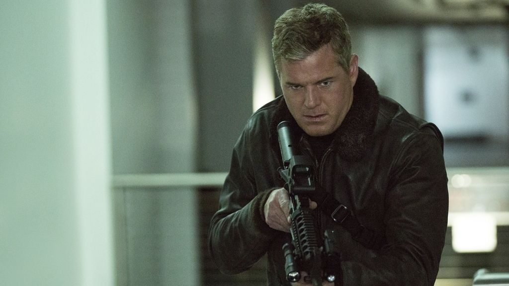 El capitán Chandler 'invade' China tras salvar al mundo en 'The last ship'