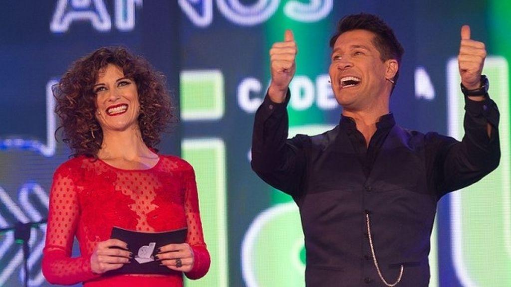 Jaime Cantizano y Carmen Ramírez presentan los 20º Premios Dial en Divinity