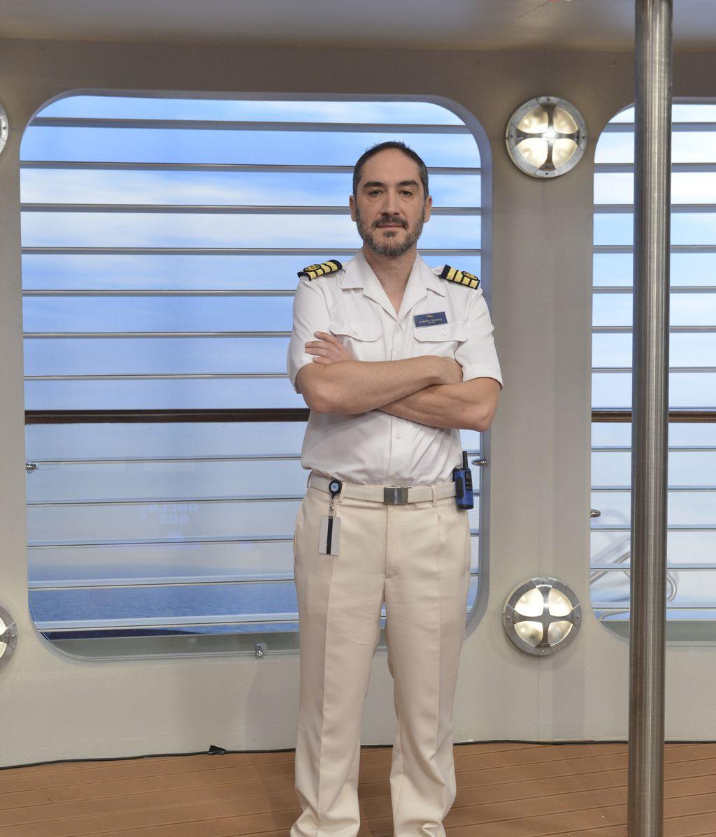 Alfonso Lara es Gabriel, el capitán del 'Ancla II'