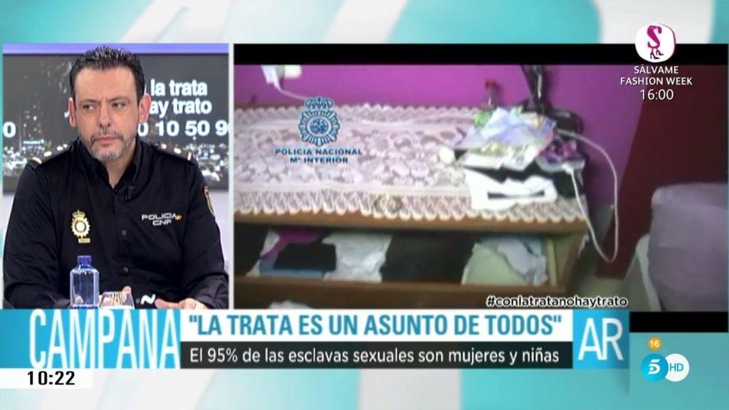"""J. Nieto, Inspector jefe de Extranjería: """"Hay mafias que obligan a mujeres a prostituirse"""""""