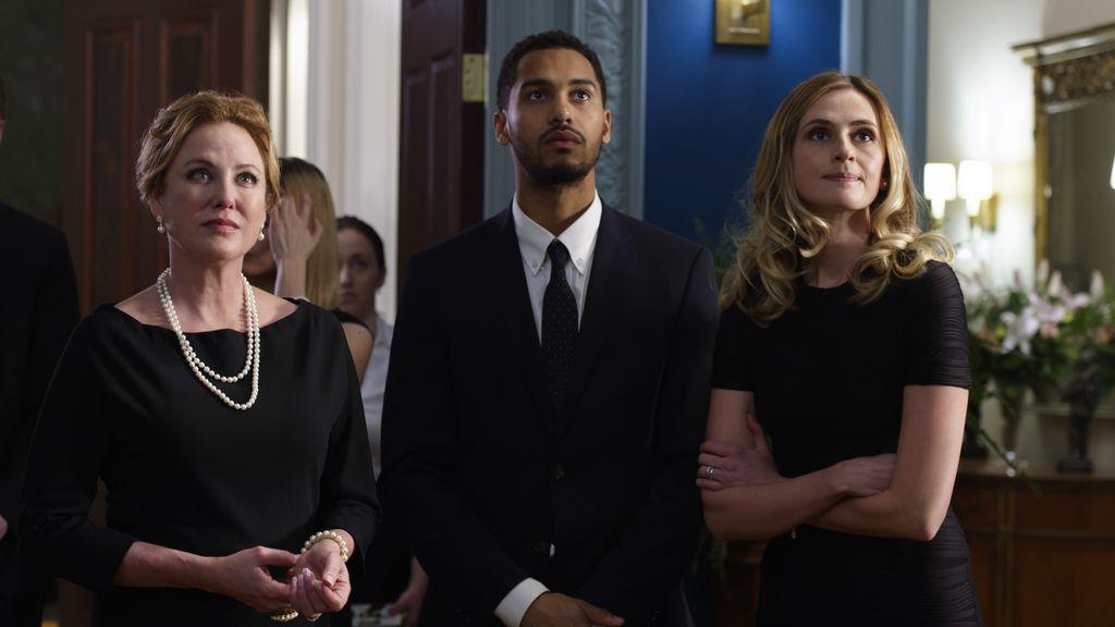 La familia más poderosa de Boston esconde un asesino en serie en 'American gothic'
