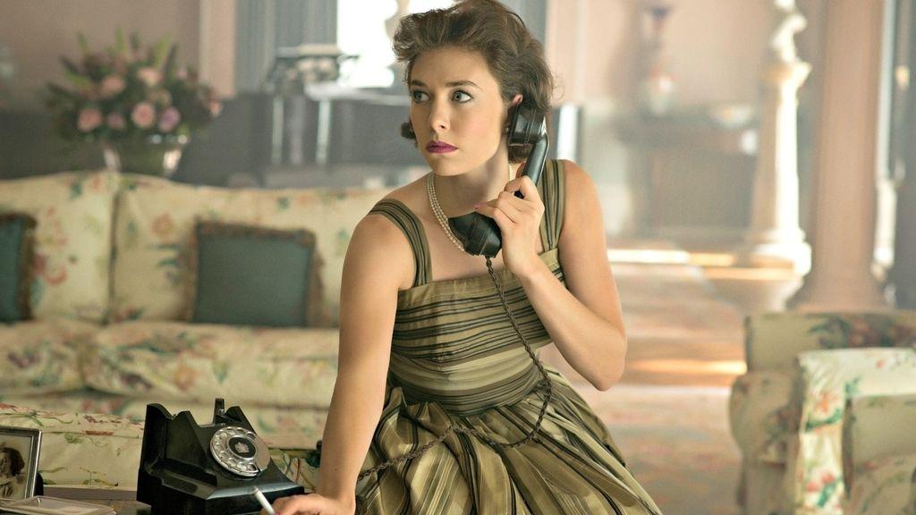 Vanessa Kirby es la princesa Margarita en 'The Crown'