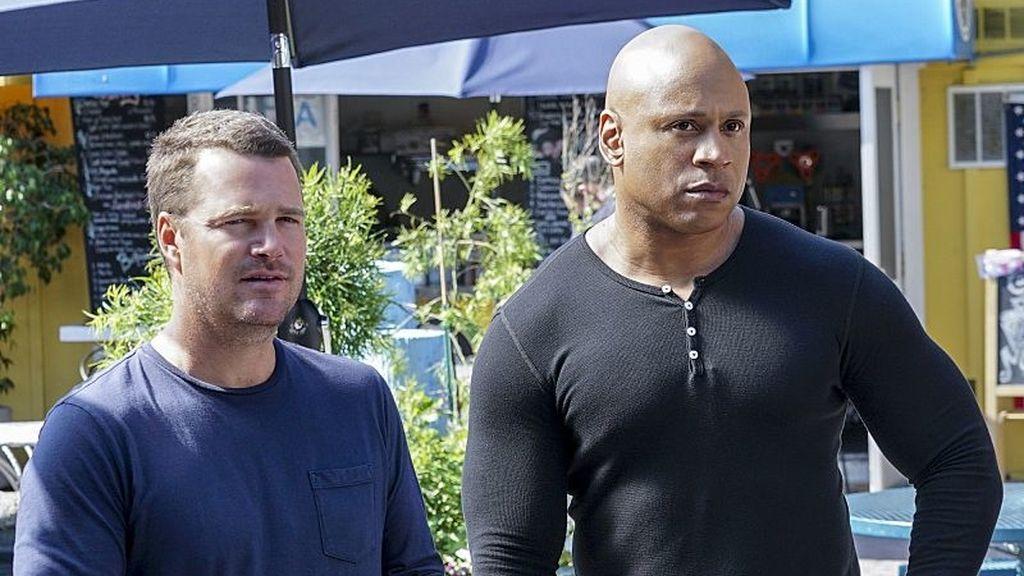 Los actores Chris O'Donnell (G. Callen) y LL Cool J (Sam Hanna), en una escena de la octava temporada de 'NCIS: Los Ángeles'