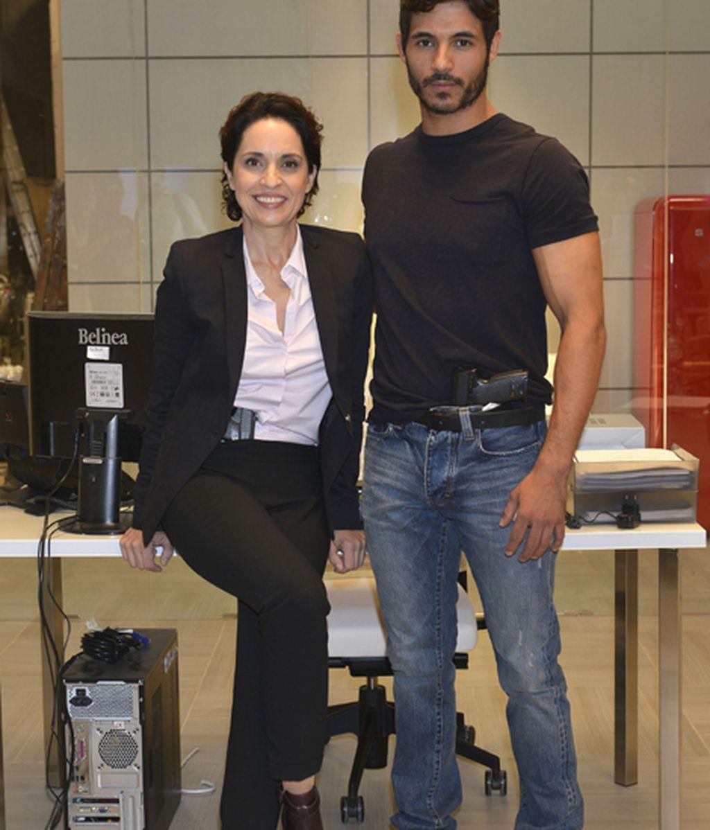 Adriana Ozores (Rubio) y Diego Martínez (Santa)