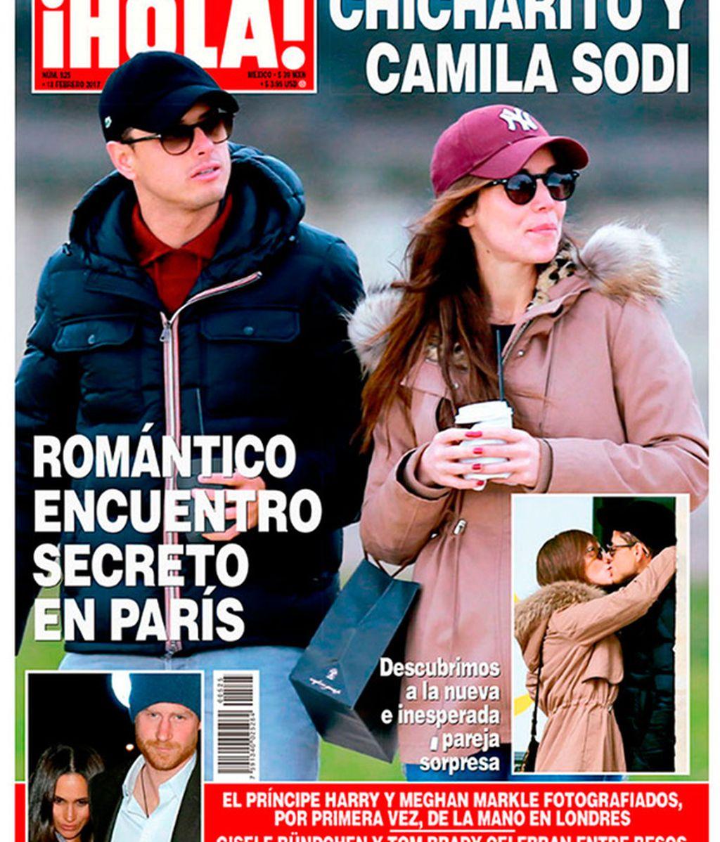Portada de '¡Hola!' con Chicharito y Camila Sodi