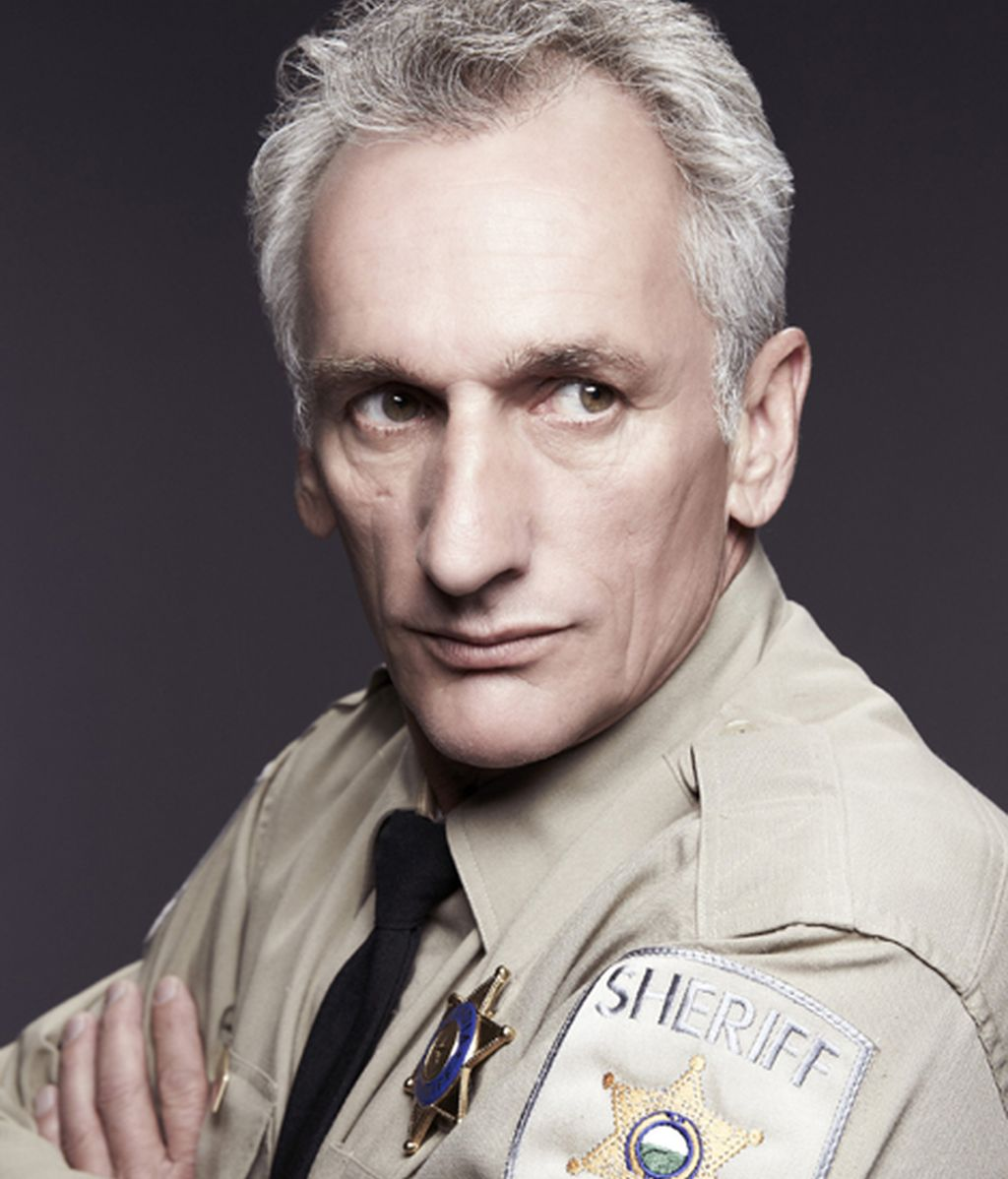 Matt Craven es Fred Langston