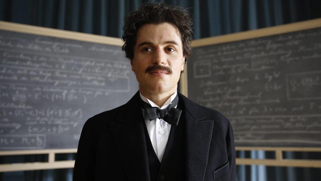 Actor Albert Einstein