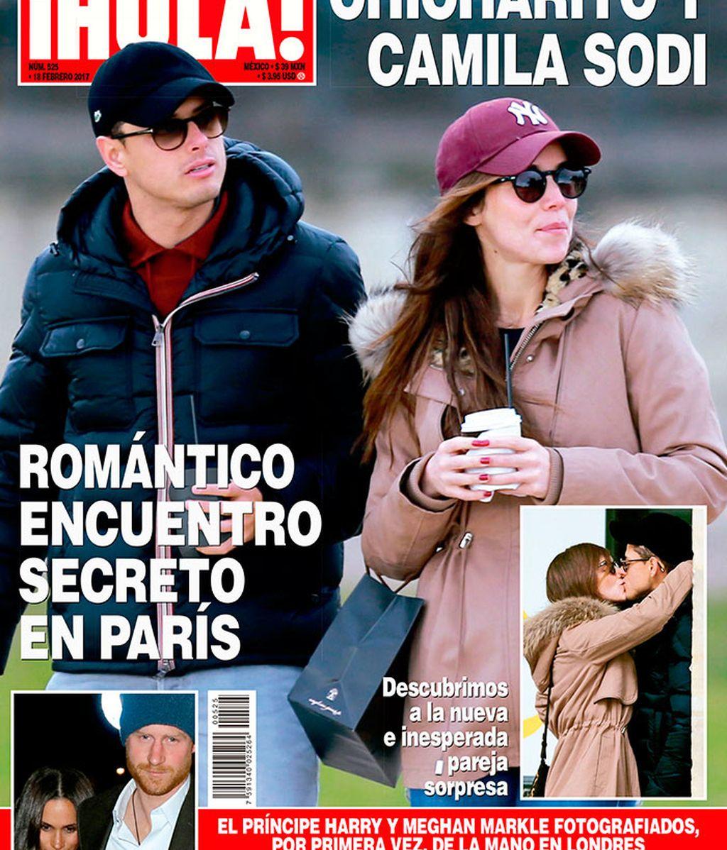 Chicharito y Camila Sodi, portada de la revista'¡Hola!'