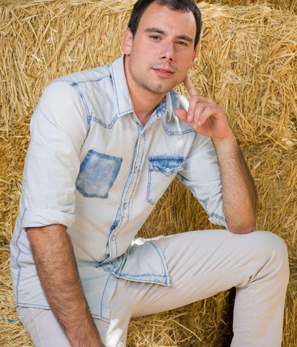Lander, 24 años. Amante de las vacas y del Athlétic