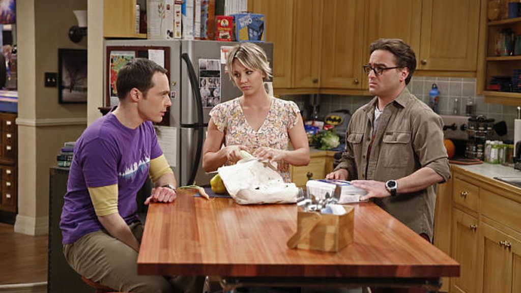 Jim Parsons, Kaley Cuoco y Johnny Galecki (TBBT)
