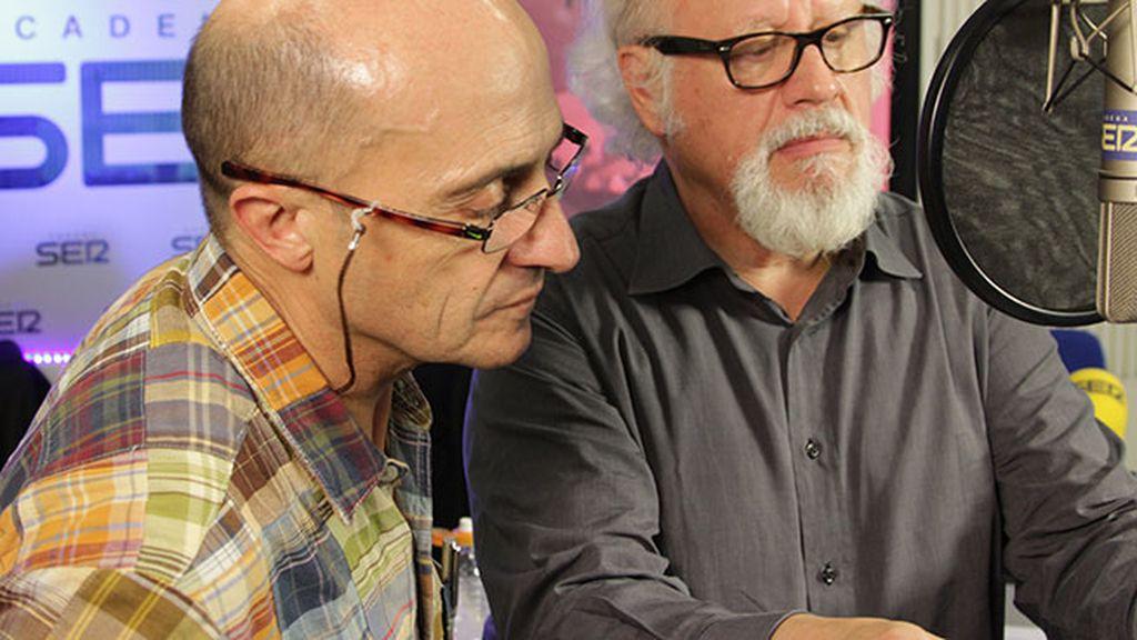El Cervantes Eduardo Mendoza adapta el 'Cuento de Navidad' de Dickens en la SER