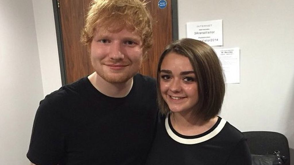 Ed Sheeran y Maisie Williams