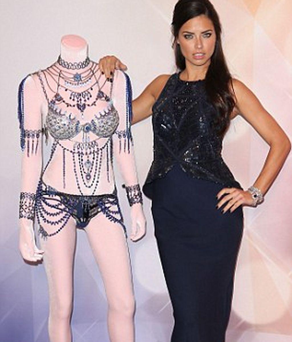 Victoria's Secret, Adriana Lima