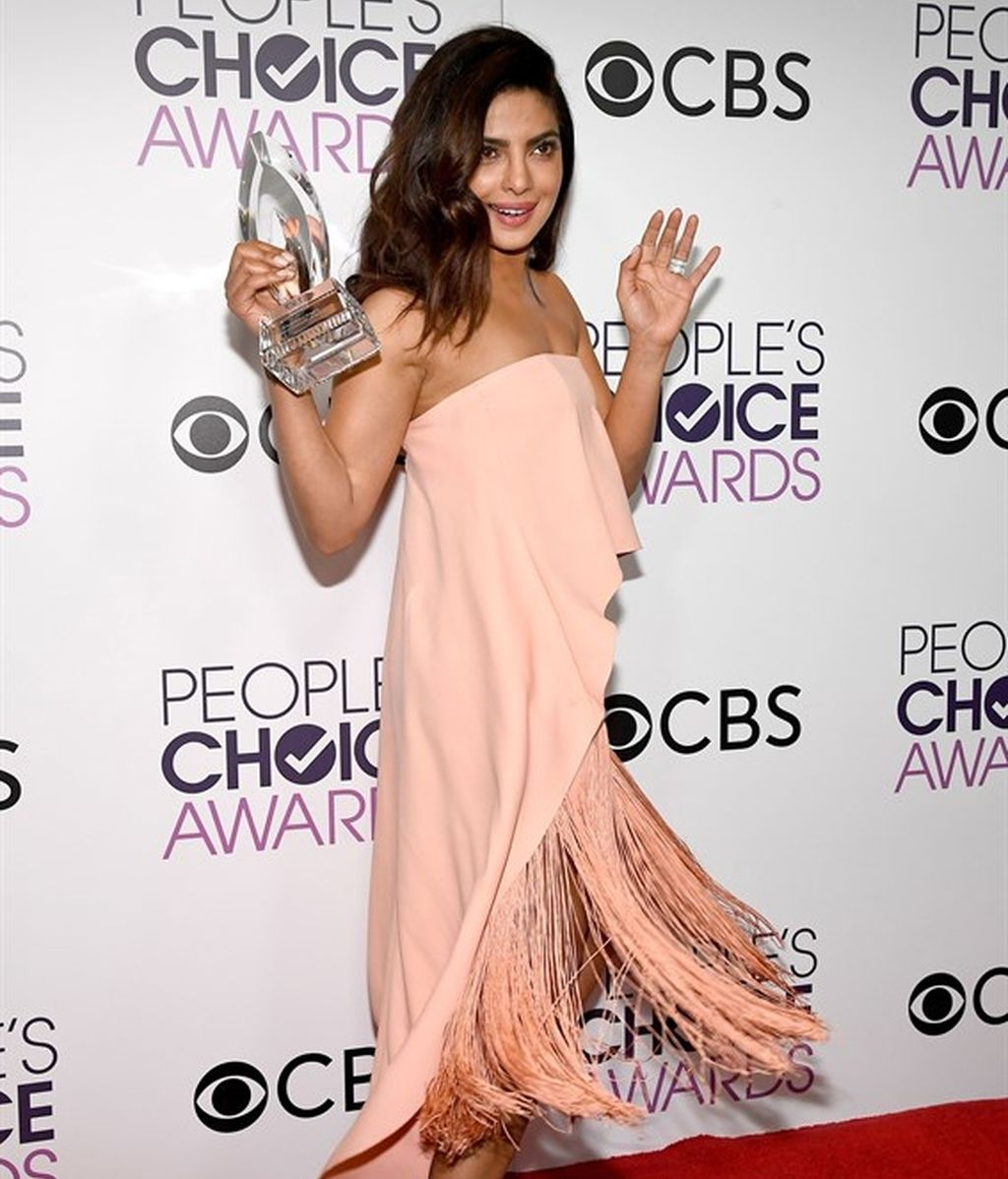 Priyanka Chopra en los People Choice Awards 2017