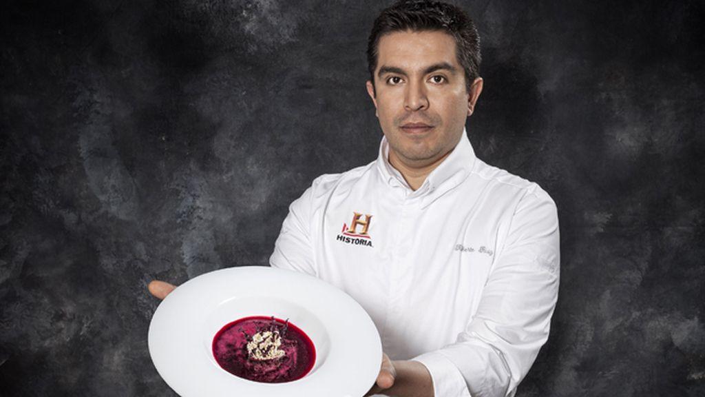 Roberto Ruiz cocina pulque, mextlapique de anguilas y barbacoa en 'La última cena'