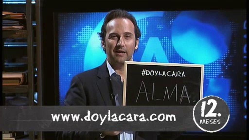 Iker Jiménez y Carmen Porter se unen a la campaña #DOYLACARA en Cuarto Milenio