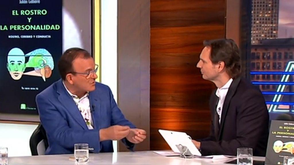 Javier Cárdenas entrevista al doctor en Psicología Julián Gabarre en el programa de TVE 'Hora punta'