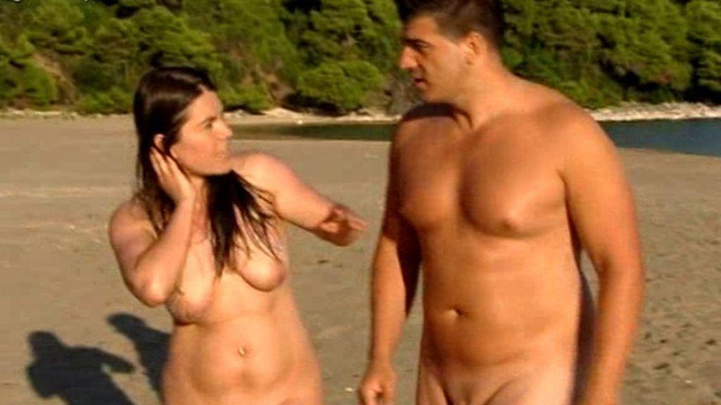 'Adán y Eva' se descubren en el paraíso