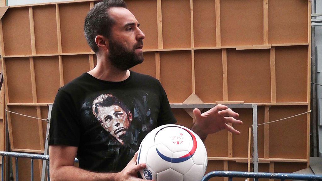 Iker Jiménez se encuentra ante un nuevo caso enigmático: ¿balón o merienda?