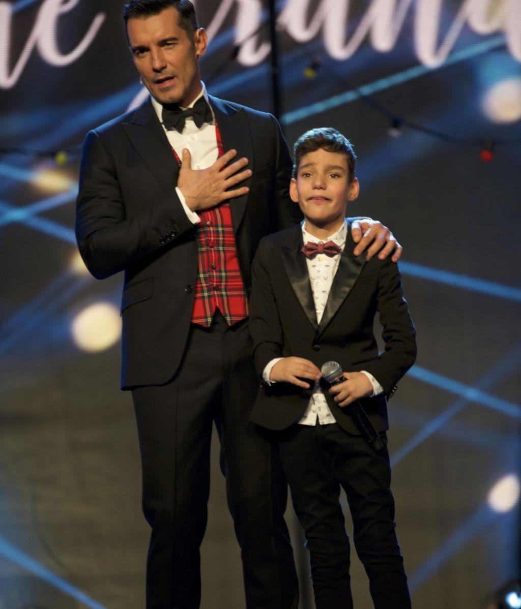 Especial musical de Telecinco con Adrián Martín