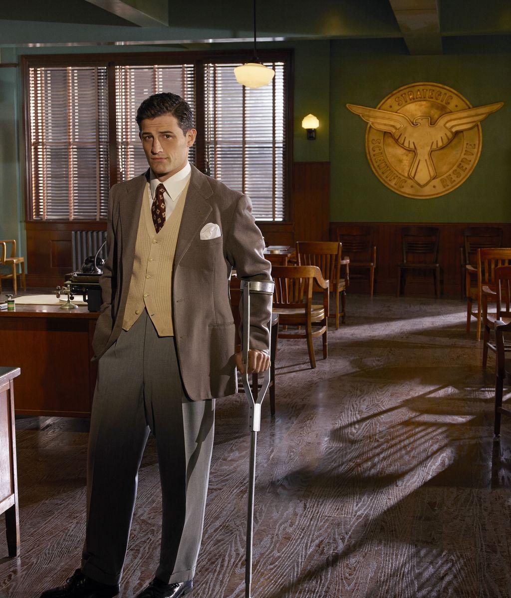 Enver Gjokaj es Daniel Sousa en 'Agente Carter'