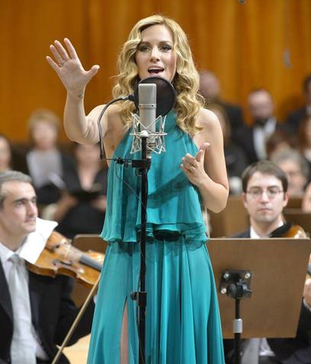Edurne con la Orquesta de RTVE
