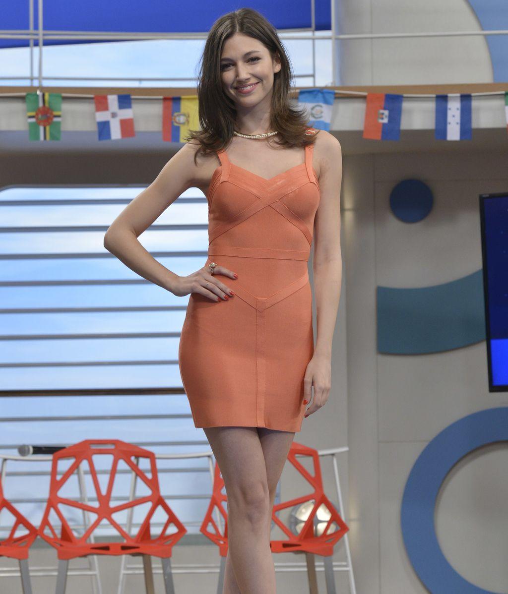 Úrsula Corberó es Natalia, expasajera de clase alta