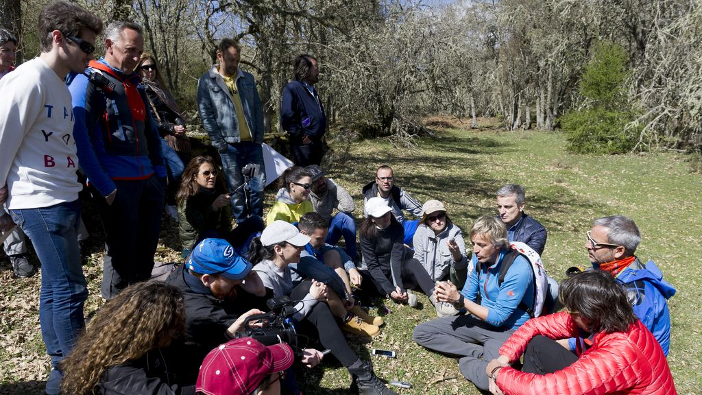 Periodistas de TV, famosos a la aventura por un día con Jesús Calleja (3)