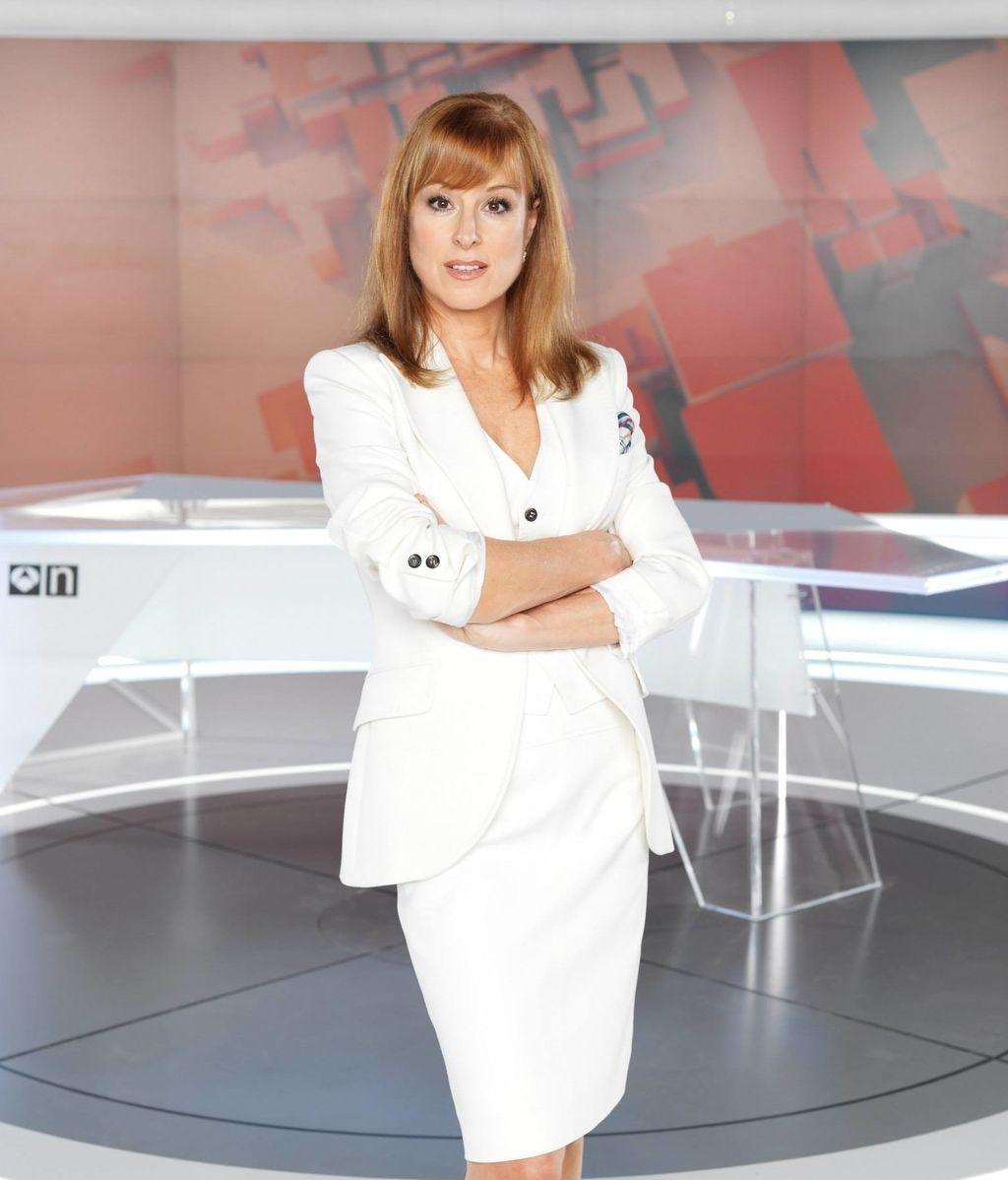 Gloria Lomana, Antena 3