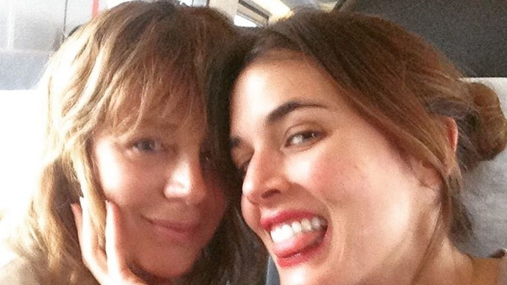 Adriana Ugarte y Emma Suárez. Principal