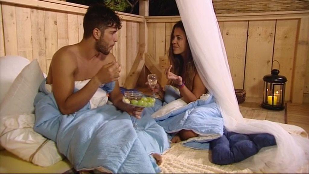 Un bromista Adán deja a Eva 'flipando' en el paraíso