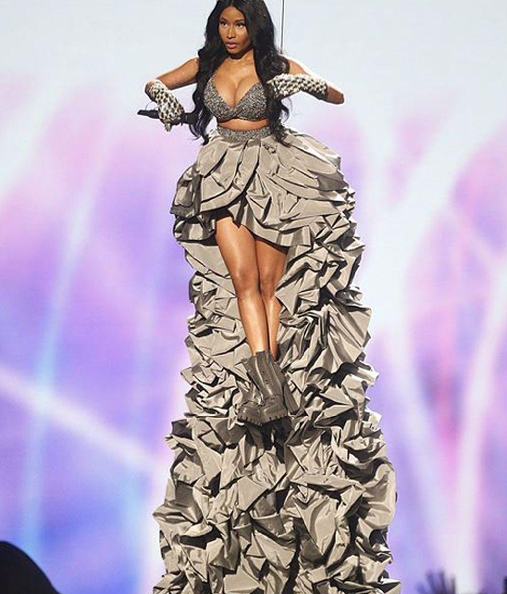 Nicki Minaj, extravagante maestra de ceremonias de la gala, celebrada en Glasgow